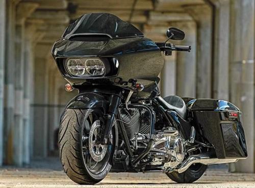 Xel Customs' Harley-Davidson Road Glide